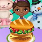 Доктор Плюшева готовит гамбургер