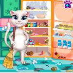 Беременная Анжела: Уборка на кухне