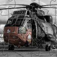 Пазл с военным вертолетом